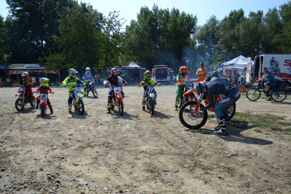 Bučkova Motoškola Racing 99