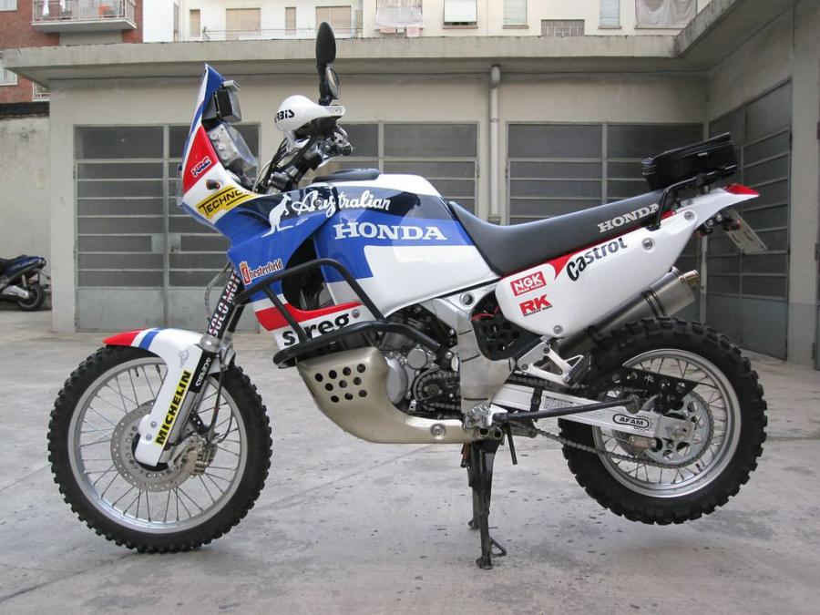 XRV750