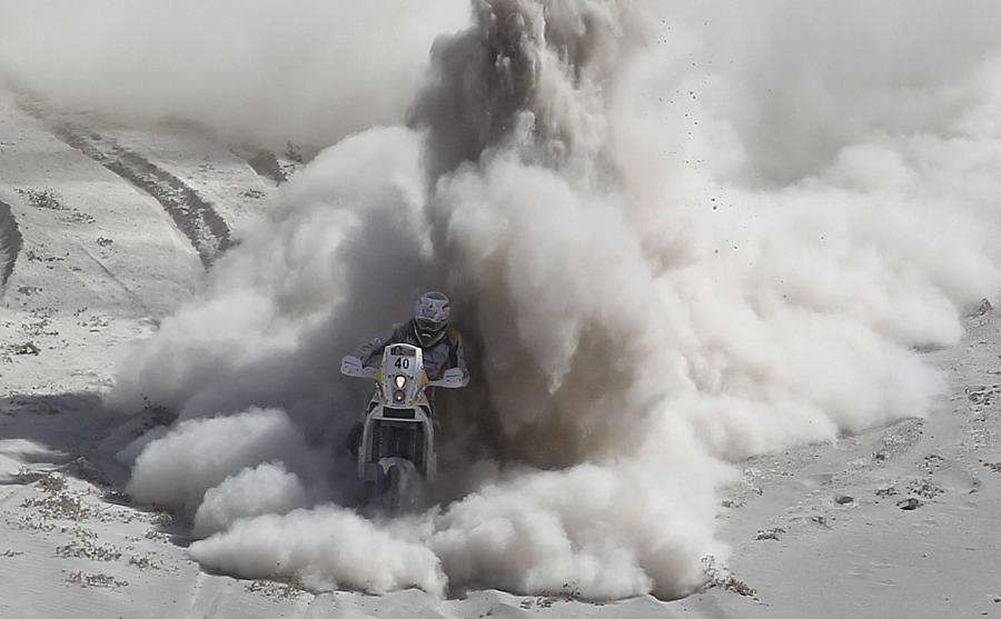 auto-moto-rally-dakar-stage5_600_33356063_0