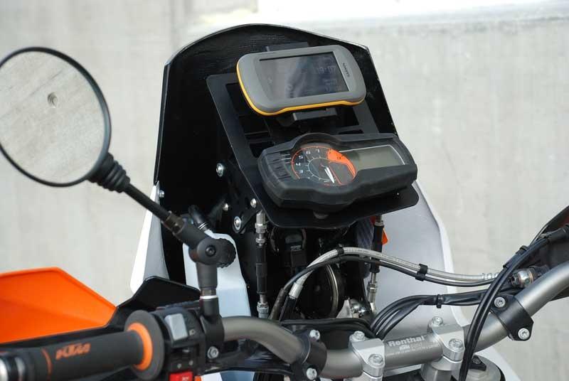 ktm-basel-ktm-690-enduro-r-to-defy-690-quest-nav-setup-2012-model-02